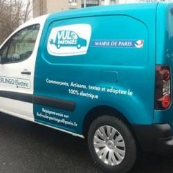 Paris experimenta con el sistema de car sharing con industriales eléctricos