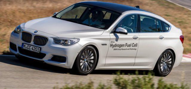 Según BMW, la pila de combustible de hidrógeno solo tiene sentido por encima de la Serie 5