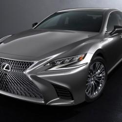 El Lexus LS podría recibir tres nuevas versiones: híbrida enchufable, de hidrógeno y eléctrica