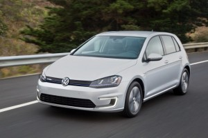 volkswagen-e-golf-touch--2016-consumer-electronics-show_100541046_m