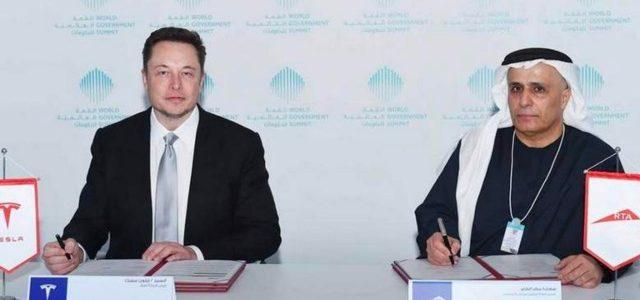 """Tesla firma un contrato para entregar 200 Model S y X """"completamente autónomos"""" a la compañía de taxis de Dubai"""