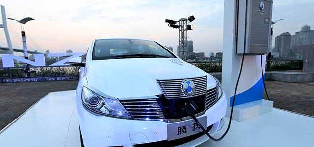 China instalará 800.000 puntos de recarga en 2017 para acelerar el despegue del coche eléctrico
