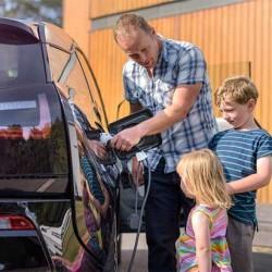 Algunas voces piden la imposición de cuotas de coches eléctricos a los fabricantes alemanes