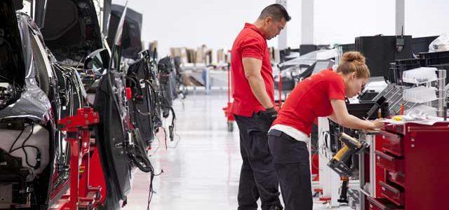 Elon Musk responde a un colectivo de trabajadores insatisfechos