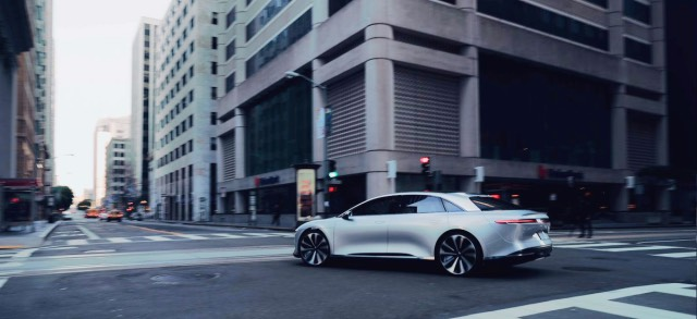 lucid-air-downtown-5