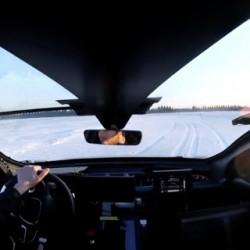 Así se divierte el Lucid Air haciendo drift en la nieve (Vídeo)