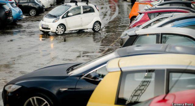El Ministro noruego de Transporte ve realista que en 2025 las ventas de coches sean 100% eléctricas