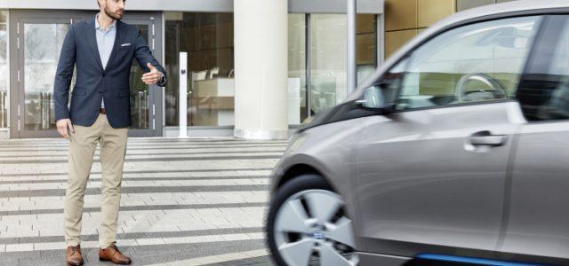 Se presenta en el MWC de Barcelona un BMW i3 que se puede aparcar con gestos