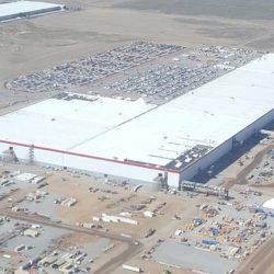 Tesla se prepara para levantar entre 4 y 5 nuevas fábricas, y llegar a 10 o 20 a largo plazo