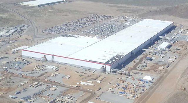 Nuevas imágenes aéreas de la Gigafábrica de Tesla nos permiten ver el enorme avance de la instalación