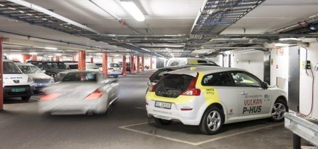 Finlandia abrirá en junio el parking con más puntos de recarga para coches eléctricos de Europa