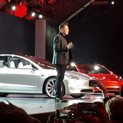 Según las encuestas, el coste medio del Tesla Model 3 estará en torno a los 50.000 dólares