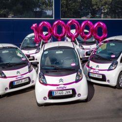El carsharing con coches eléctricos, todo un éxito en Madrid. Car2go llega a los 150.000 abonados, Emov a los 100.000