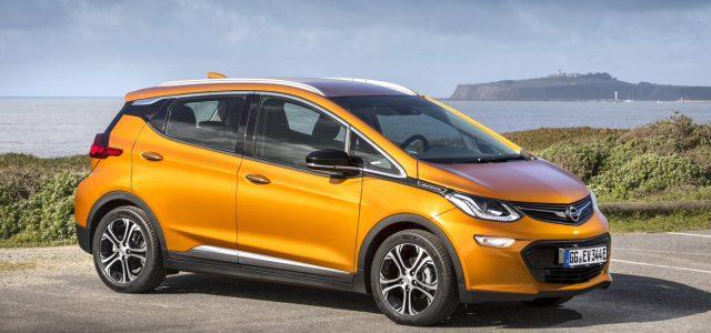 PSA continua pensando en convertir a Opel en una marca sólo de coches eléctricos