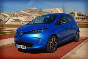 Renault-ZOE-ZE-40-lateral-2
