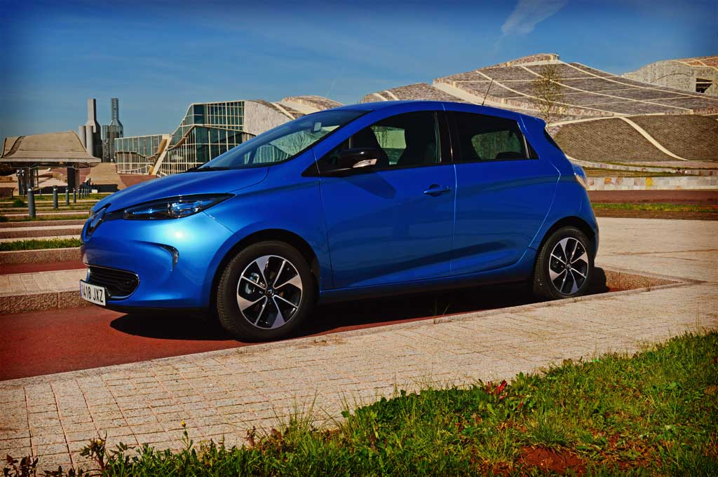renault zoe ze 40 lateral forococheselectricos. Black Bedroom Furniture Sets. Home Design Ideas