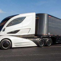 Los expertos estiman que Tesla optará por un sistema de baterías en alquiler y extraíbles en su proyecto del camión eléctrico