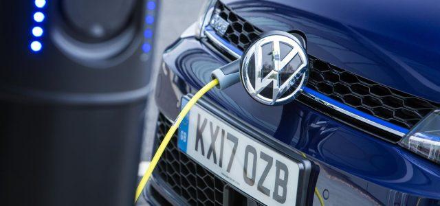 Europa abierta a poner en marcha una exención o un IVA reducido para los coches eléctricos