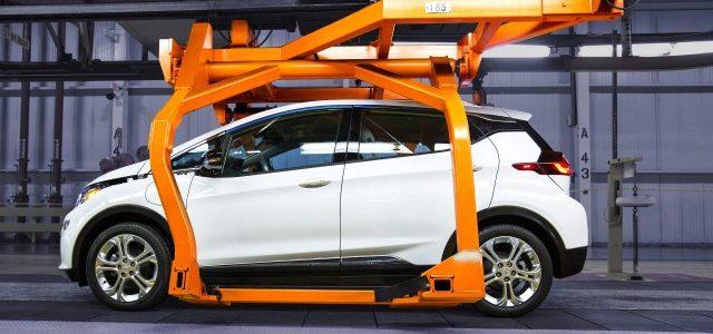 General Motors explica por qué no se ha reducido el ritmo de producción del Chevrolet Bolt