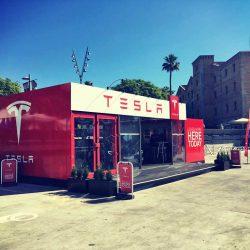 Hoy abre la primera tienda de Tesla en España. Pop-up store en Barcelona hasta el 12 de julio