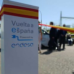 Endesa pone en marcha la primera Vuelta a España en coche eléctrico