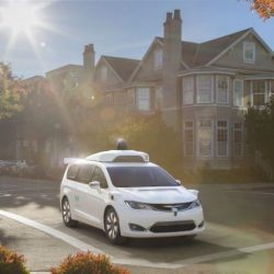¿La burbuja del coche autónomo? Morgan Stanley valora Waymo, el proyecto de Google, en 70 mil millones de dólares