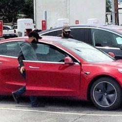 """Tesla tendrá listas """"miles de unidades"""" del Model 3 para entregar en julio"""