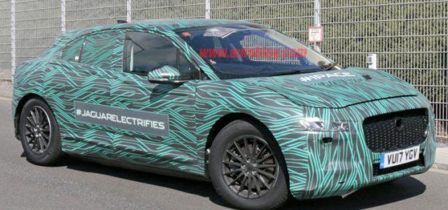 El Jaguar i-Pace fotografiado en Nürburgring realizando sus últimas pruebas