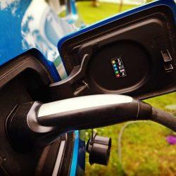 Los coches eléctricos siguen marcando récords de crecimiento. Noruega, Estados Unidos, Reino Unido…España
