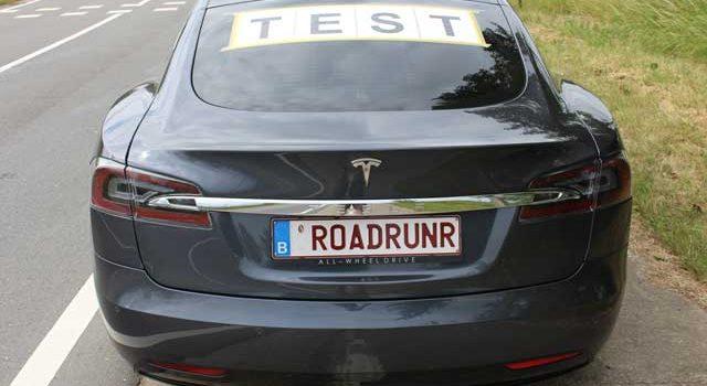 Según Elon Musk, con una conducción ultra-eficiente, y los neumáticos adecuados, sería posible hacer 1.000 kilómetros con el Model S 100D