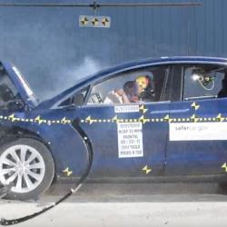 El Tesla Model X logra 5 estrellas en todas las categorías de las pruebas de choque de la NHTSA. El primer todocamino en lograrlo