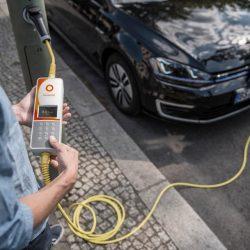 Entre los británicos, los jóvenes son los más interesados en el coche eléctrico