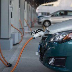 Un estudio del FMI indica que hasta el 90% de los coches serán eléctricos en 2040