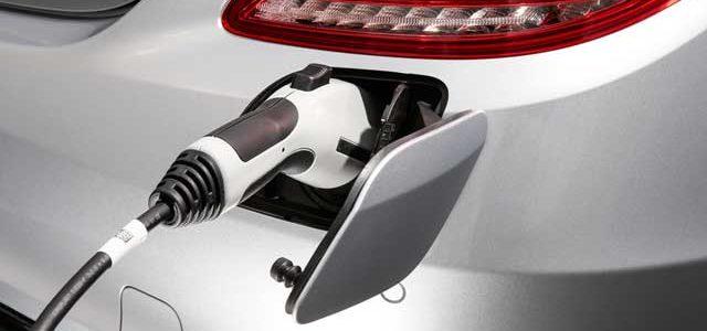 El presidente de la petrolera Shell se comprará un coche eléctrico en septiembre