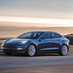 Consumo y autonomía bajo el ciclo EPA del Tesla Model 3 Long Range. 16.7 kWh a los 100 y 499 kilómetros de autonomía
