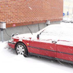 Finlandia, casi de rebote, cuenta con la mejor red de recarga de coches eléctricos del mundo