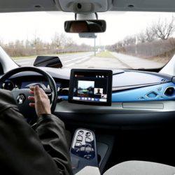 Renault acelera su programa de coche autónomo con compra del 35% de AVS