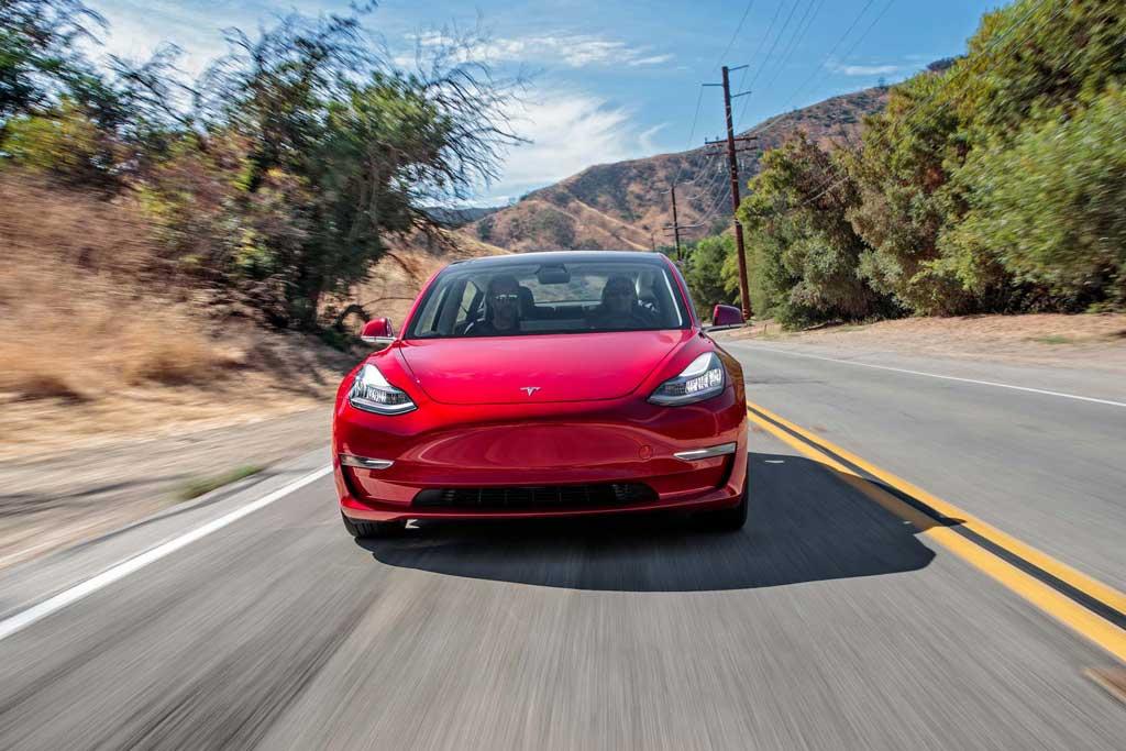 [Imagen: Tesla-Model-3-front.jpg]