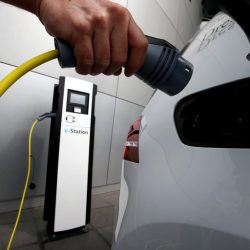 La Unión Europea está trabajando en implantar cuotas de ventas de coches eléctricos para 2025