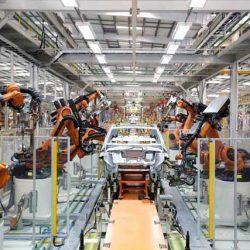 Mercedes invertirá 1.000 millones de dólares en su fábrica de Estados Unidos para producir coches eléctricos y baterías