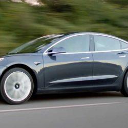 Comparativa estadística: Tesla Model 3 contra sus rivales con motor de combustión