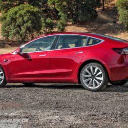 El propietario de un Tesla Model 3 nos cuenta algunas de las cosas que menos le gustan de su coche