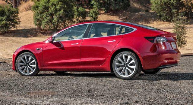 Vídeo 360 de Tesla Model 3, con un vistazo al maletero trasero y delantero
