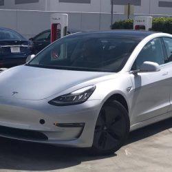 Las llantas con tapa del Tesla Model 3 pueden aumentar la autonomía hasta un 10%