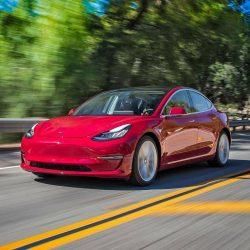Tesla Model 3: Ficha técnica. Medidas, autonomía, precio