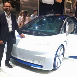 Según Volkswagen, el problema del coche eléctrico es que no hay suficientes baterías