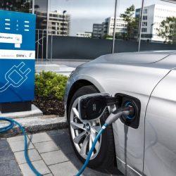 En Alemania están empezando a dudar de la estrategia de BMW de cara al coche eléctrico
