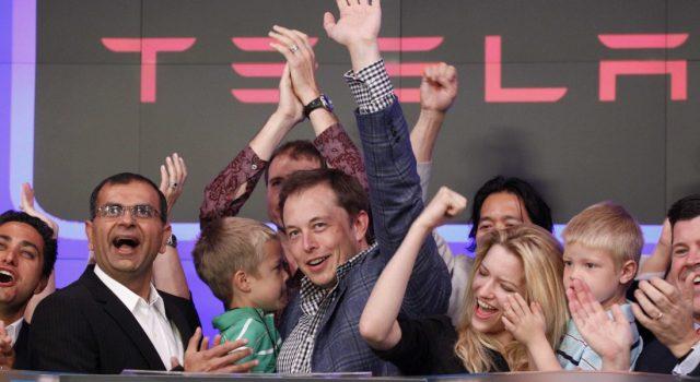 Tesla recauda más de lo esperado en su última oferta de bonos para financiar la producción del Model 3