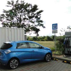 Renault E-STOR. Baterías reutilizadas para los puntos de recarga rápida