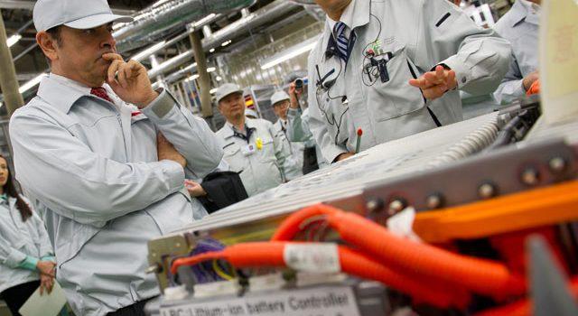 NEC también negocia la venta de su parte en el fabricante de baterías AESC que comparte con Nissan